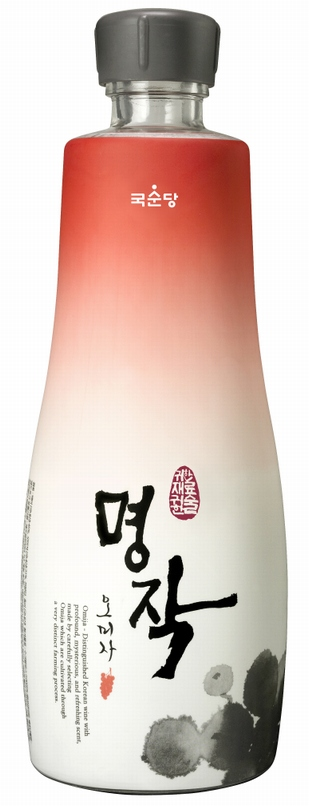 Korean Alcoholic Beverage 'MyungJak Omija'