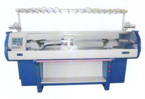 Full automatic computerized flat knitting machine