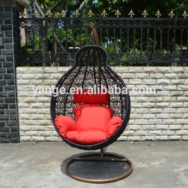 Outdoor furniture PE rattan hanging egg chair with comfort cushion