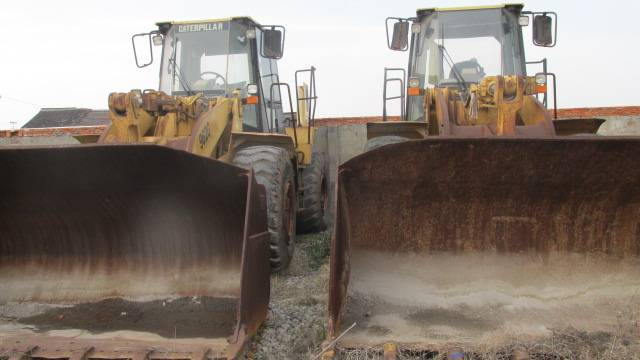 Used CAT Loader 962G in good condition