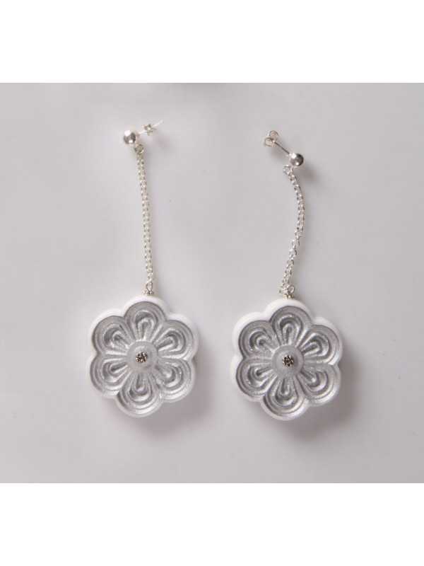 Earings Exafylou rosette of Pentelic marble beads Pentelic marble and silver 925