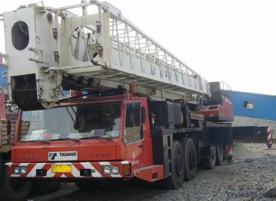 used tadano TG1500E   truck crane/ mobile crane TG1500E with high quality in low price