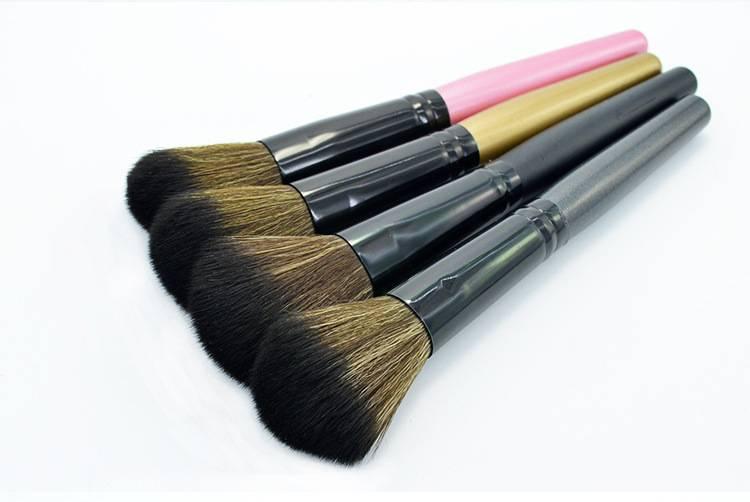 multifunctional powder brush