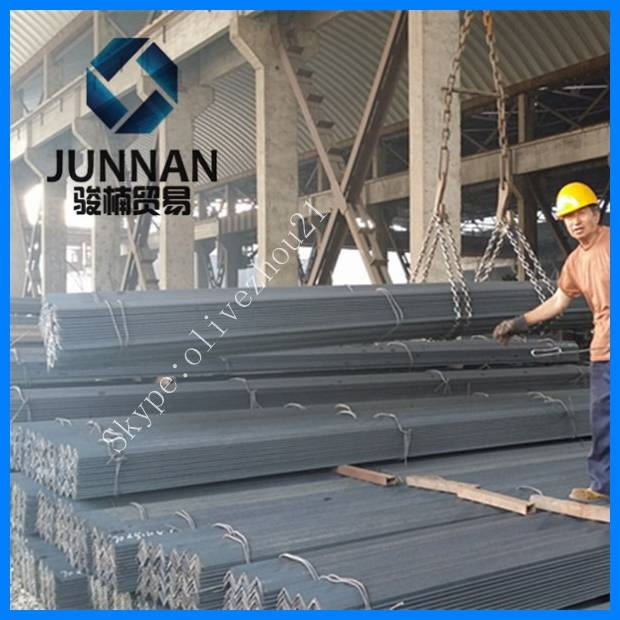 Q235/Q345/A36/SS400 hot selling equal angle steel