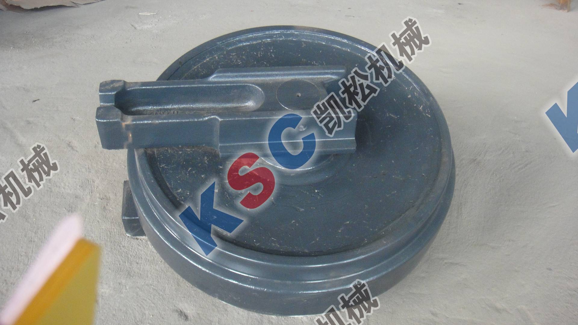 Excavator Undercarrige Parts Front Idler Assy