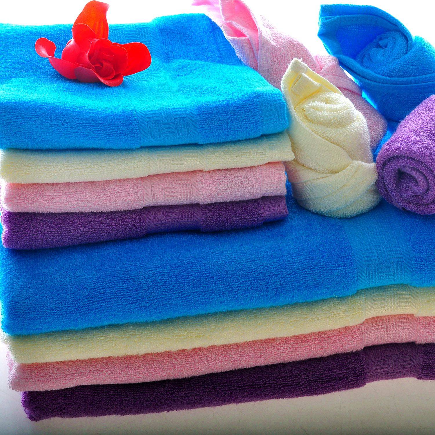 Easy clean and super soft towel