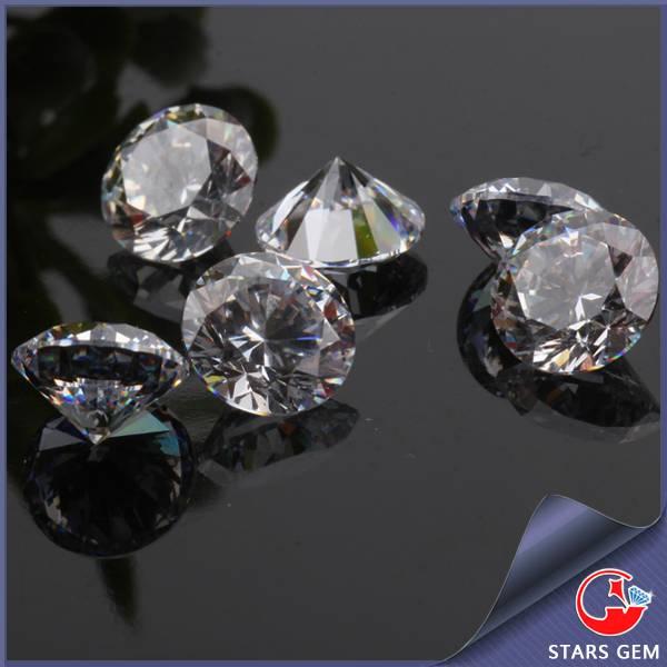 white color round brilliant cut cz gemstone