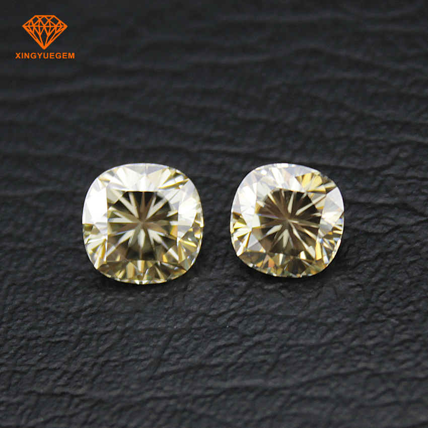 Synthetic moissanite gemstone