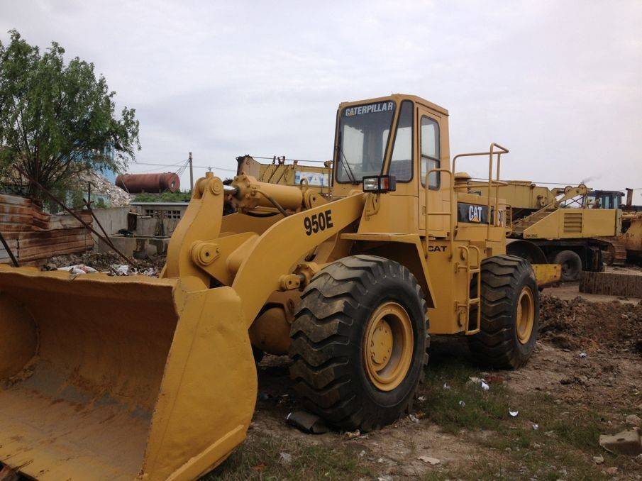 Used Cat 950E wheel loader in low price for sale