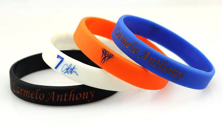 OEM wholesale customzied cheaper silicon wristband /bracelet for promotion gift