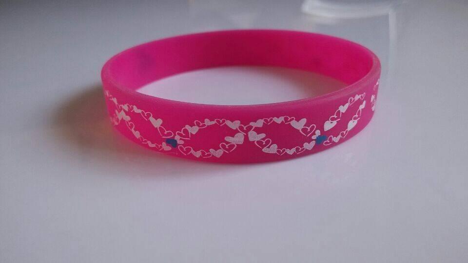 Fashion 100% pure rubber bracelet