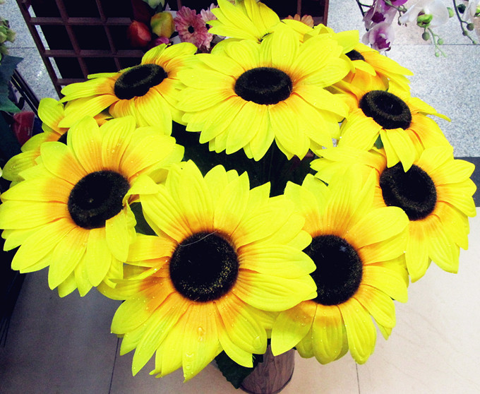 Fake SunFlower Artificial Sunflowers for Home Garden Balcony Windowsill Decoration