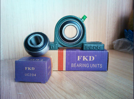 Fkd/Hhb Ball Bearing with Setscrews/Insert Bearing (Ucp205)