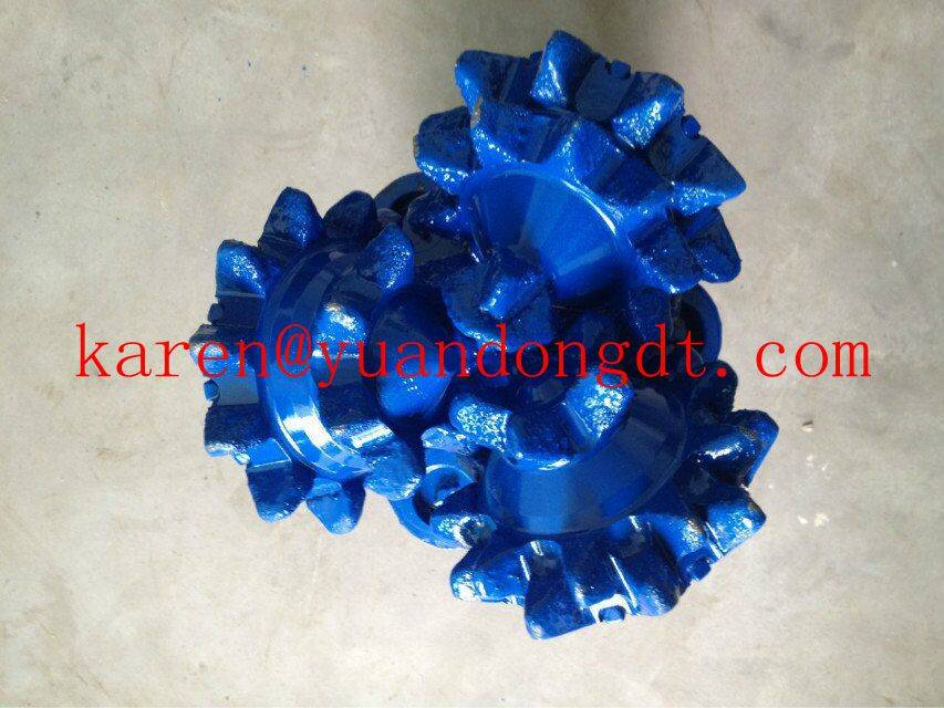 API steel tooth tricone bits