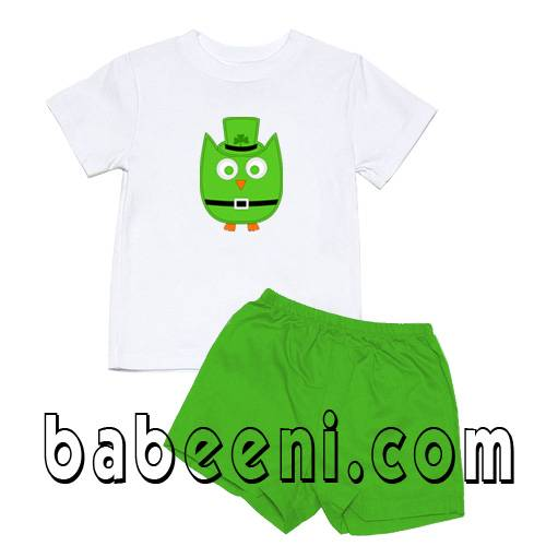 Baby boys clothes with cute owl pattern