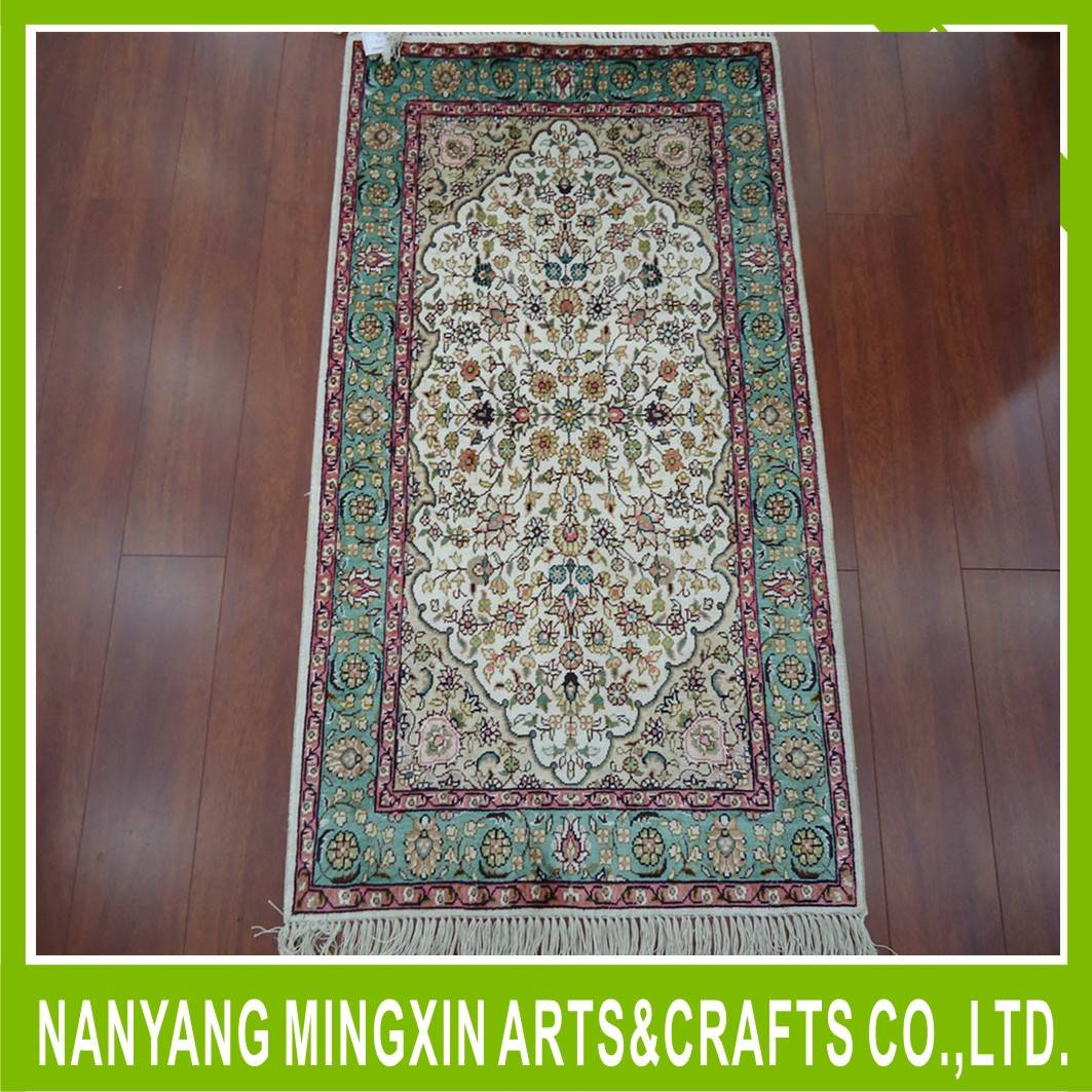 persian silk carpet hand made 100% pure silk carpet iran rugs