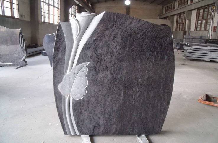 Granite headstone with 3D flower carving