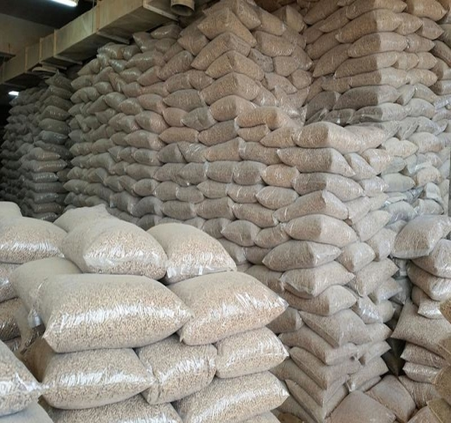 Biomas Pine Wood Pellets for Heating