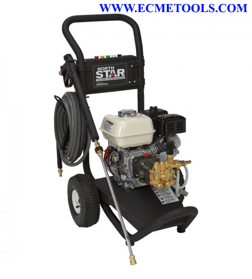 NorthStar Gas Cold Water Pressure Washer - 3,000 PSI, 2.5 GPM, Honda Engine, Model# 15781120