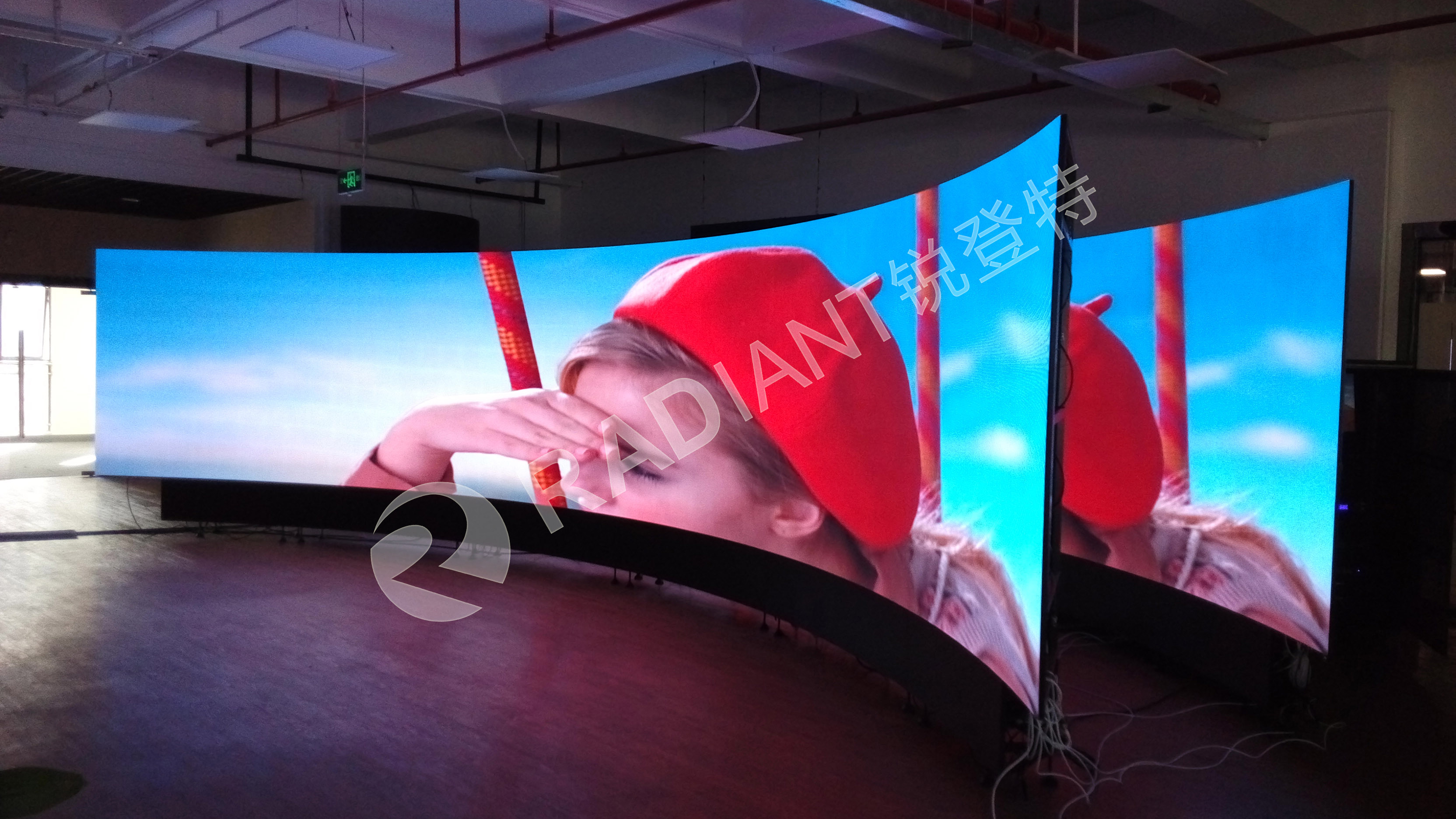 competitive price Easy maintain p2.5 indoor led screen manufacturer from china