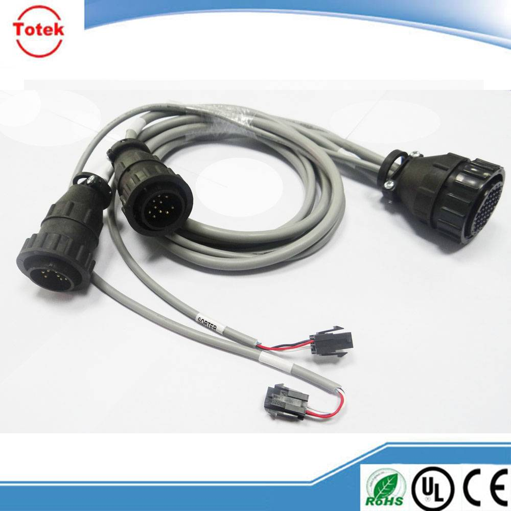 TE/ TYCO/ AMP 206150-1 CPC Connector Custom Cable
