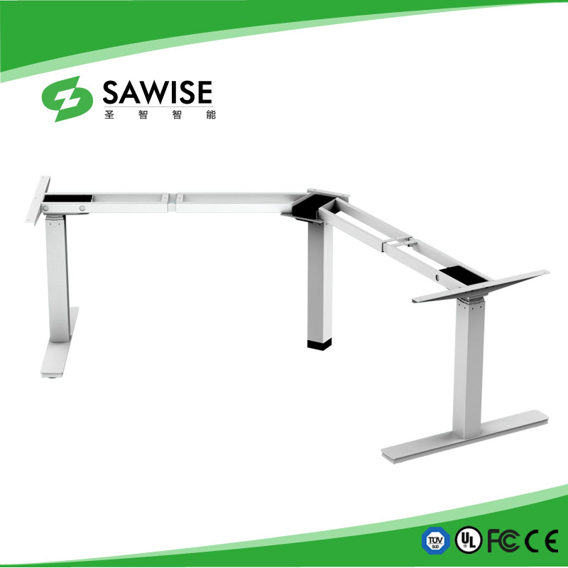 Three motors height adjustable desk