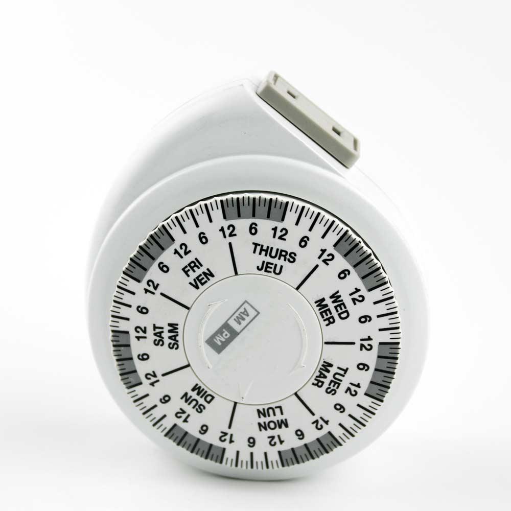 Weekly random mechanical timer plug USA version