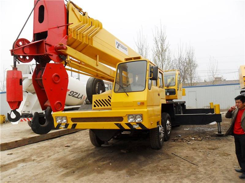 USED TADANO  GT650E-3 TRUCK CRANE ,MOBILE CRANE, USED CRANE  FROM JAPAN IN LOW PRICE