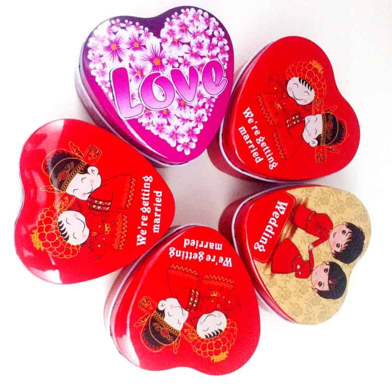 Small Heart Tin For Candy Or Gift
