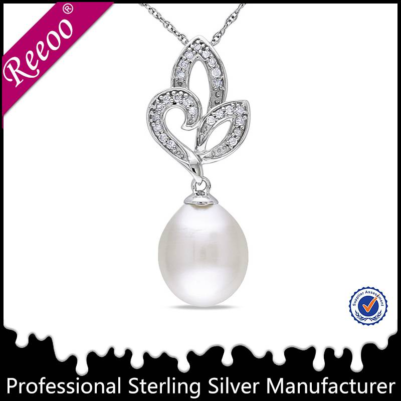 Elegant lady pearl necklace hot sale jewelry