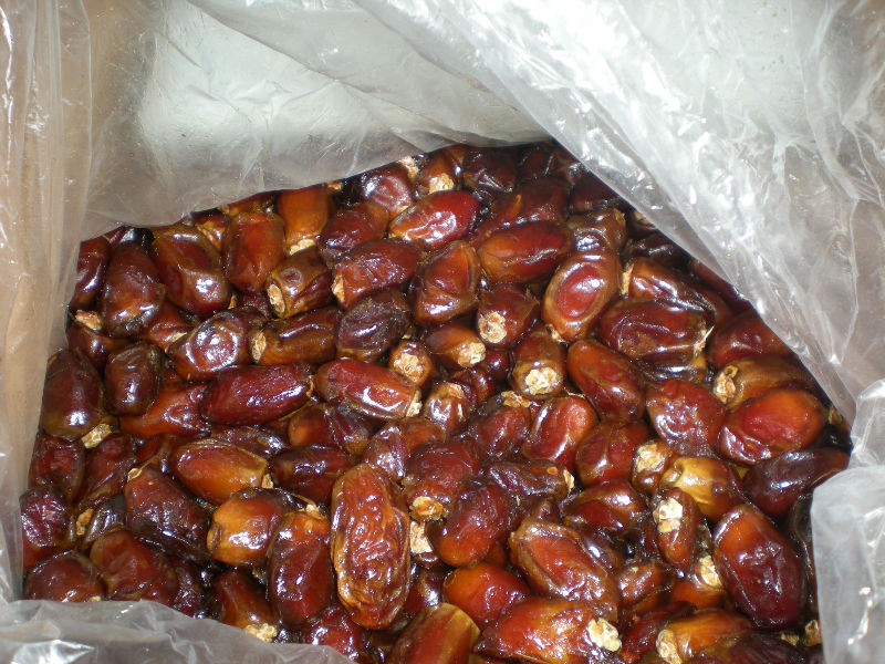 Pakistani Pitted and unpitted Dates