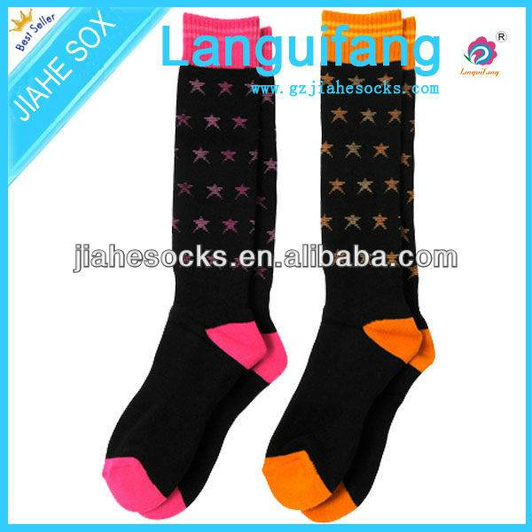 OEM custom Christmas women socks in China factory