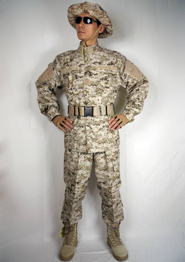 Acu Foreign Desert Camouflage Clothing