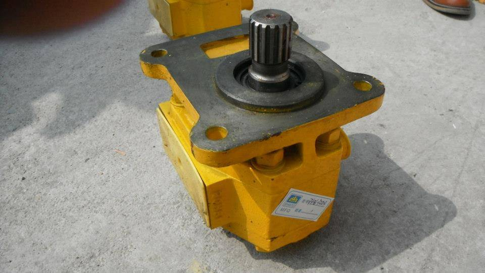 Shantui bulldozer SD16,SD22,SD32 parts