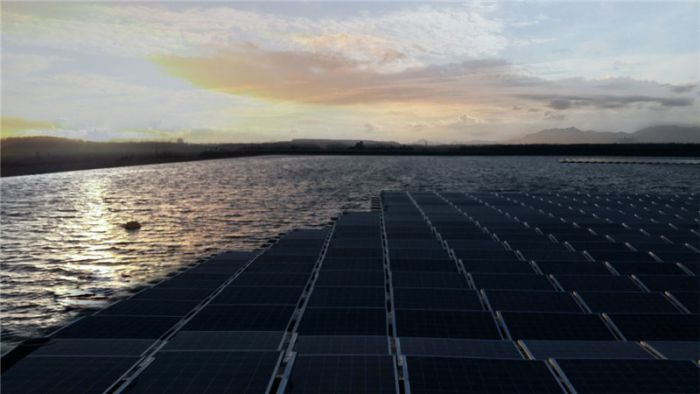 Full-Time Water-Mounted Solar Power System