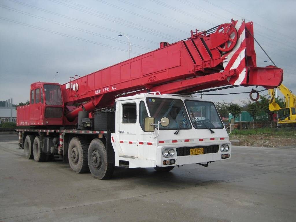used NK500E-V truck mobile  crane  for sale in low price