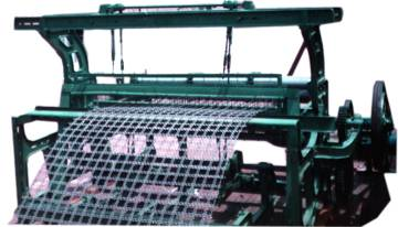 Crimped wire mesh machine