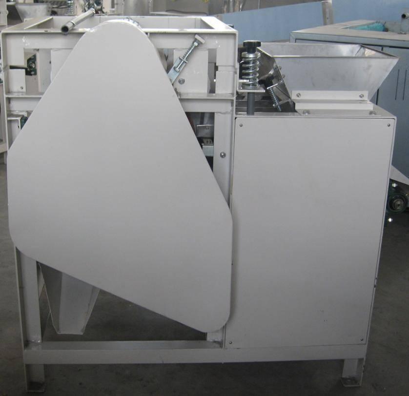 Wet type almond peeling machine 0086-15890067264