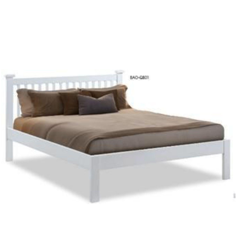 Baroda Queen Bed