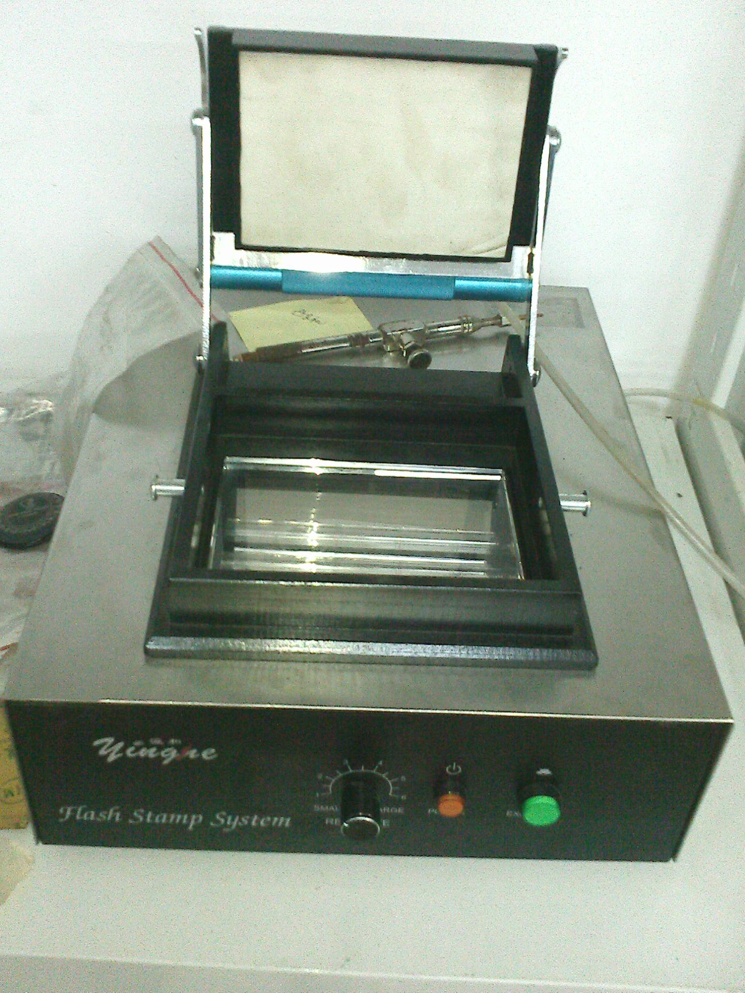Flash stamp machine,Photosensitive seal maker YH-330