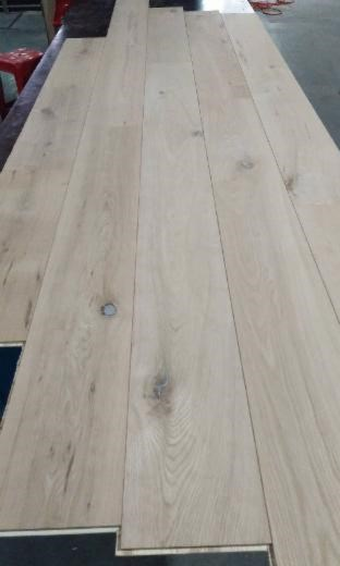 Oak Natural Flooring,1 strip 3 layer