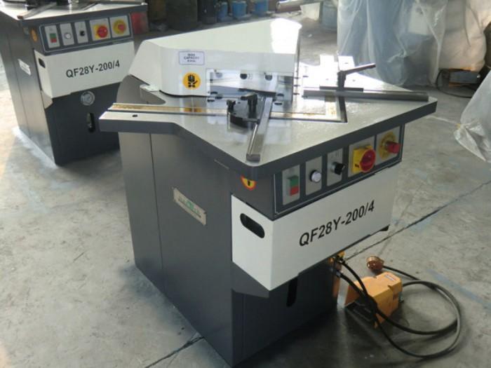 angle cutting machine/angle notching machine