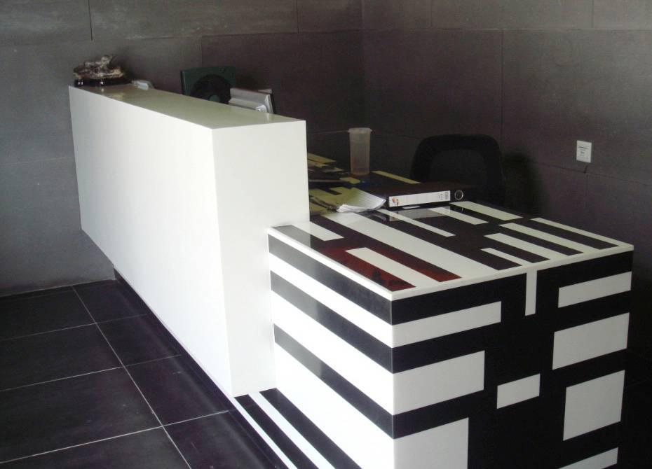 TW Modern Commercial office reception desk