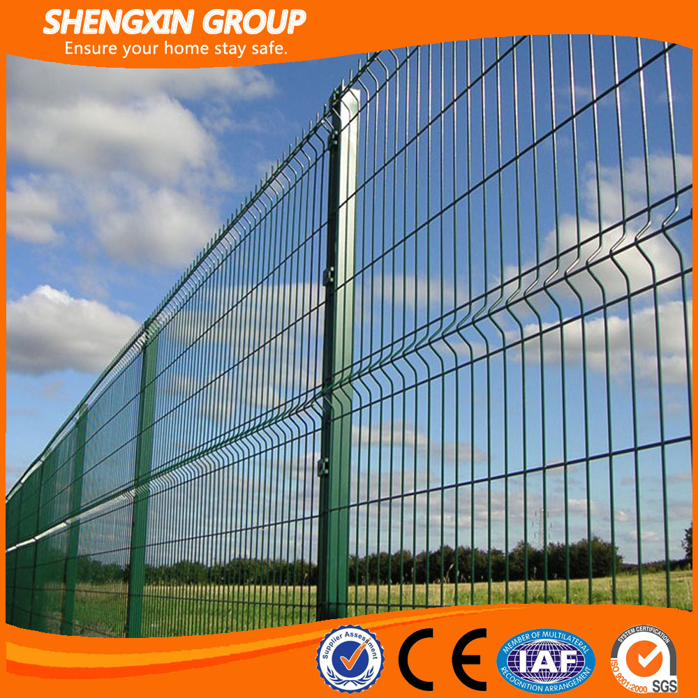 RALGreen powder coated garden wire mesh fence
