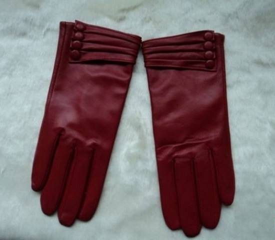 Ladies leather gloves from China