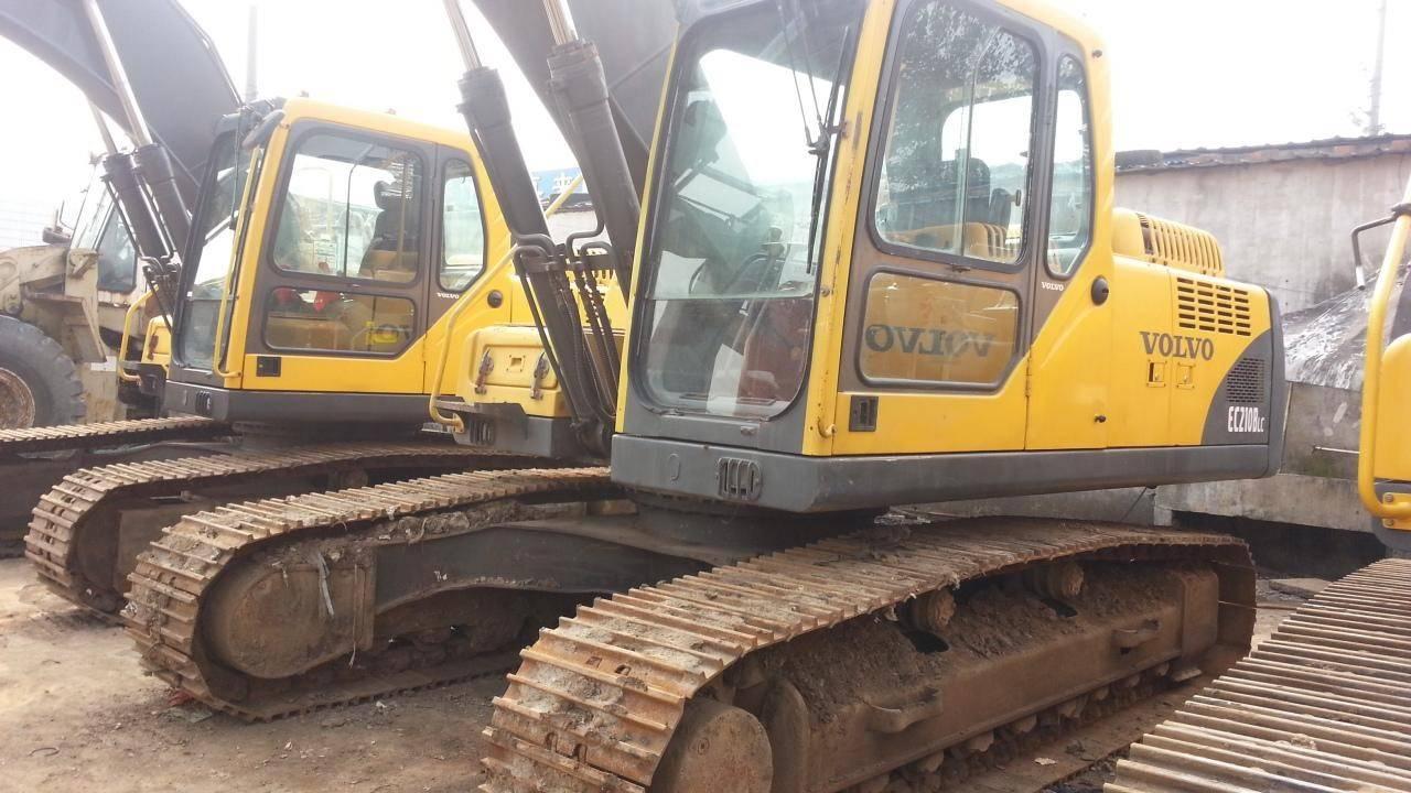Excavator used volvo ec210blc