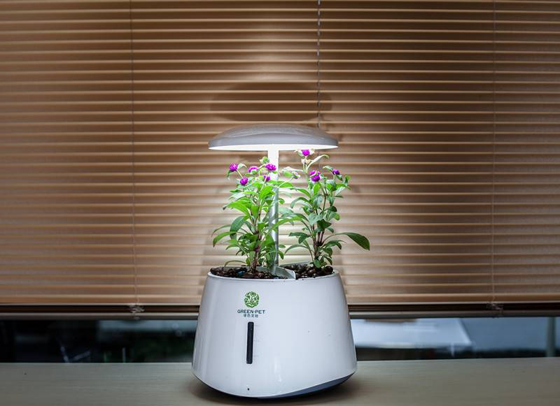 LED Grow Light Indoor Garden hydroponics system