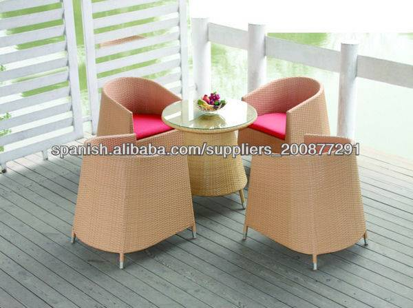 Garden rattan table and chair set