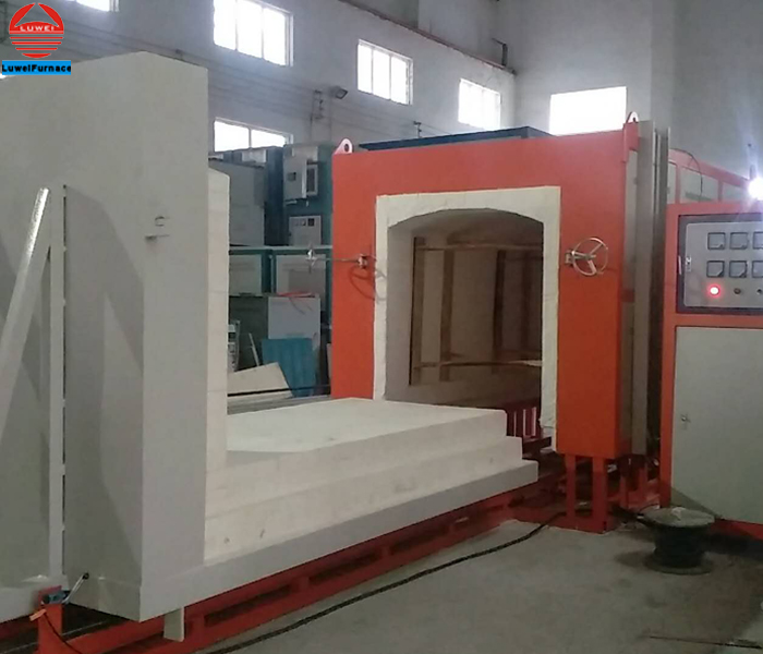 Industrial pottery kiln with car bottom Loading