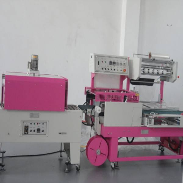 25-35 pcs per min 0.012mm heat film shrinking wrapping machine for charging line